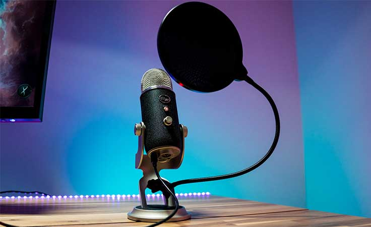 Blue Yeti - Best USB Microphone 2018 - Top 10 Best Microphone For Streaming